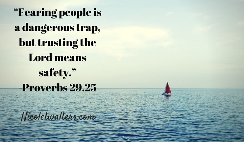 Fearing people is a dangeroustrap, but trusting